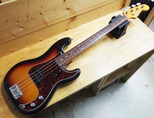 藤沢市のお客様より中古エレキベース「Fender USA American Vintage Precision Bass」を買取させて頂きました。