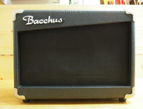 茅ヶ崎市のお客様より中古ベースアンプ「Bacchus BBA-10」を買取させて頂きました。