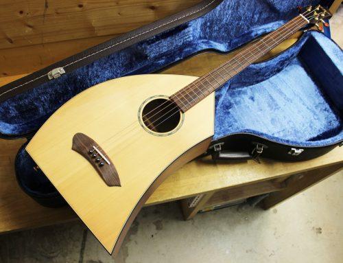 藤沢市のお客様より中古楽器「K.Yairi 一五一会 ベーシック」を買取させて頂きました。