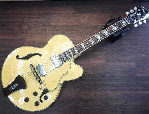 東京都墨田区のお客様より「Ibanez AF105-NT フルアコギター」を買取させていただきました。