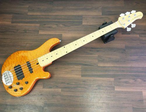 東京都台東区のお客様より中古5弦ベース「LAKLAND SL55-94DX」を買取させていただきました。