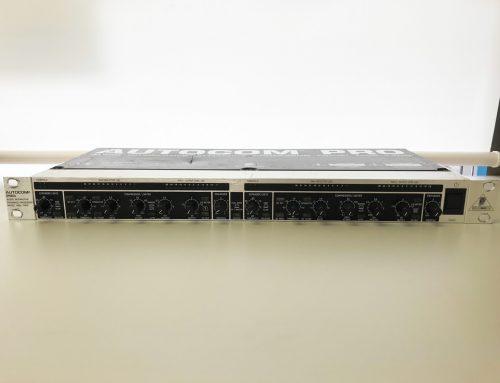 東京都千代田区のお客様より中古コンプレッサー「Behringer MDX1400」を買取させていただきました。