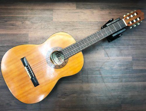 東京都江東区のお客様より中古クラシックギター「阿部ガットギター AG6F」を買取させていただきました。
